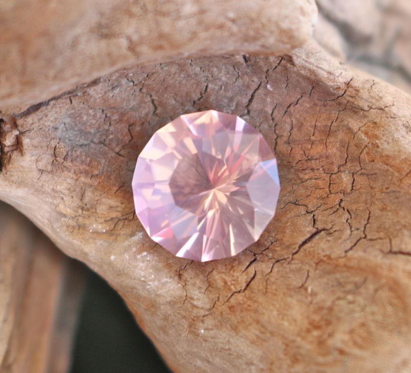 quartz rose taillé par georges 6.2ct CHF 240